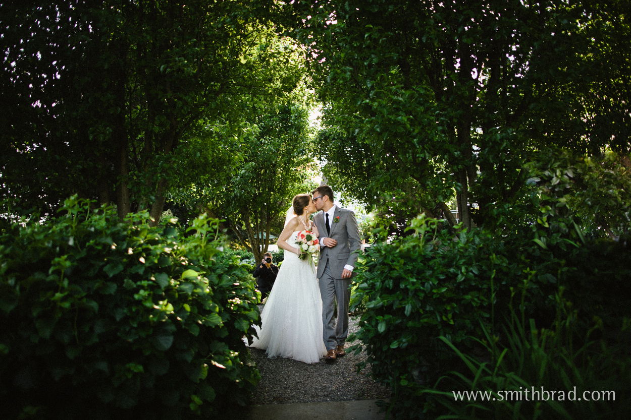 Mt_Hope_Farm_Bristol_RI_Wedding_Photographer-38