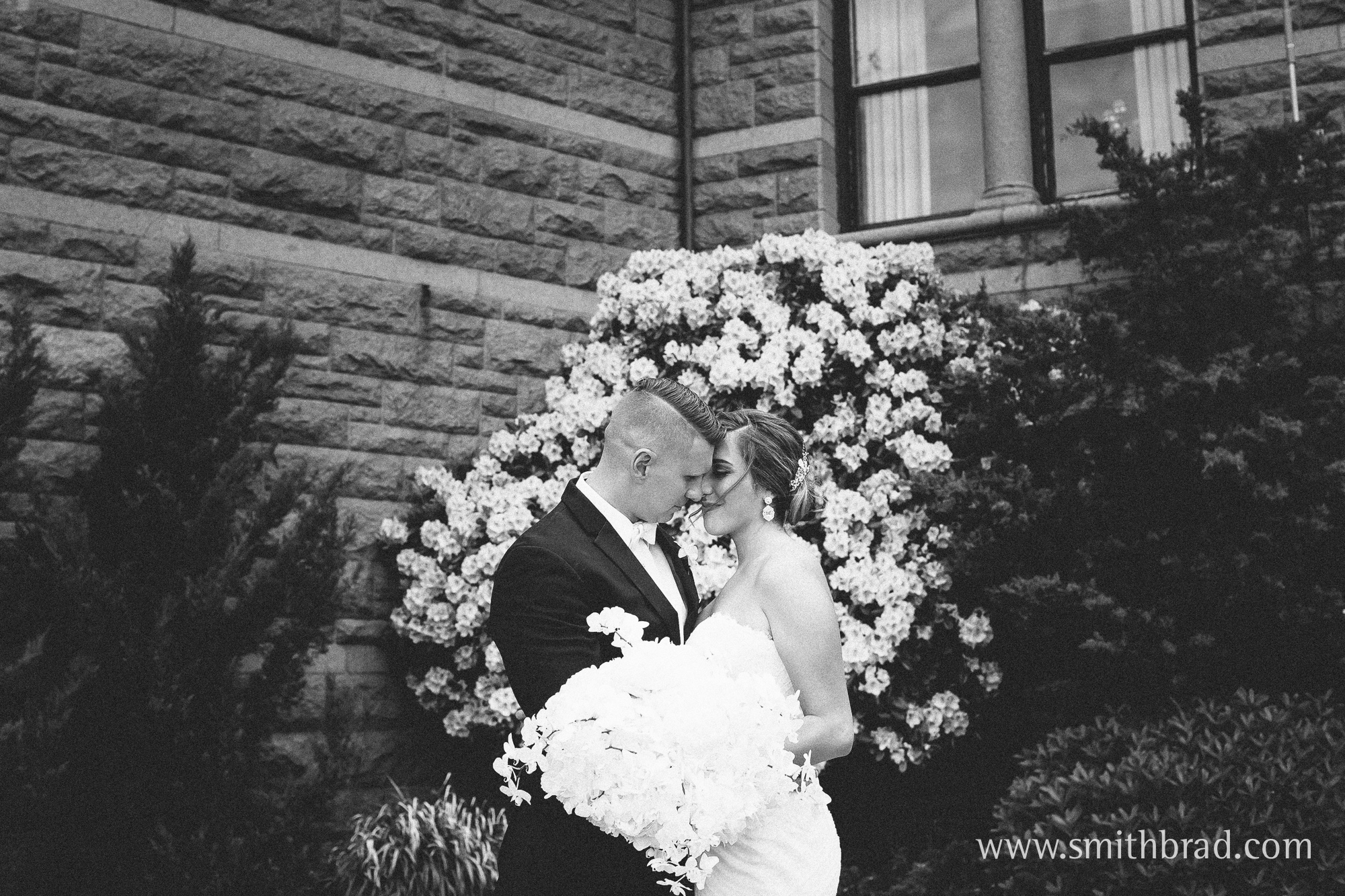 Ocean_Cliff_Newport_RI_Wedding_Spring_Photography-18