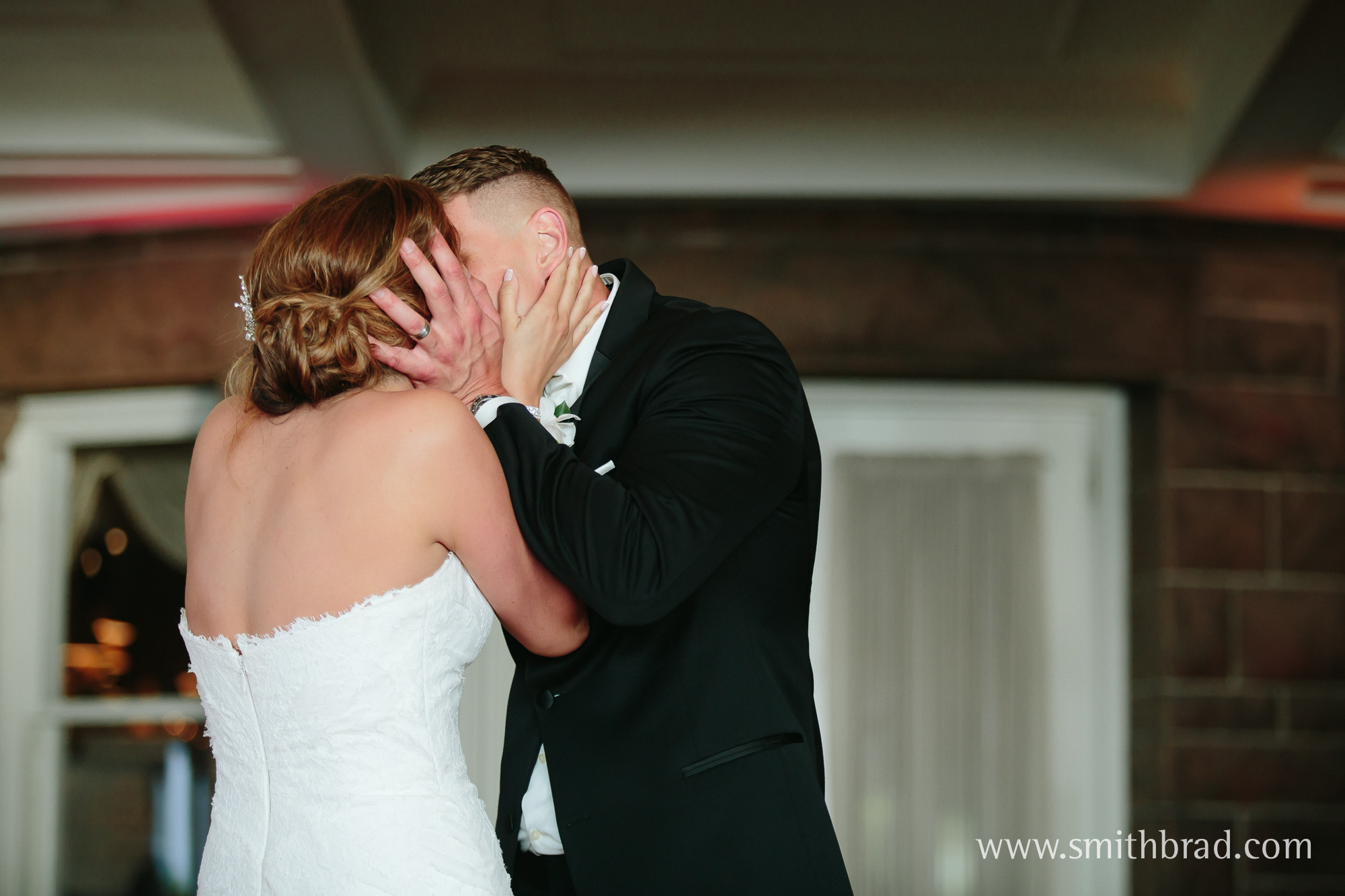 Ocean_Cliff_Newport_RI_Wedding_Spring_Photography-24
