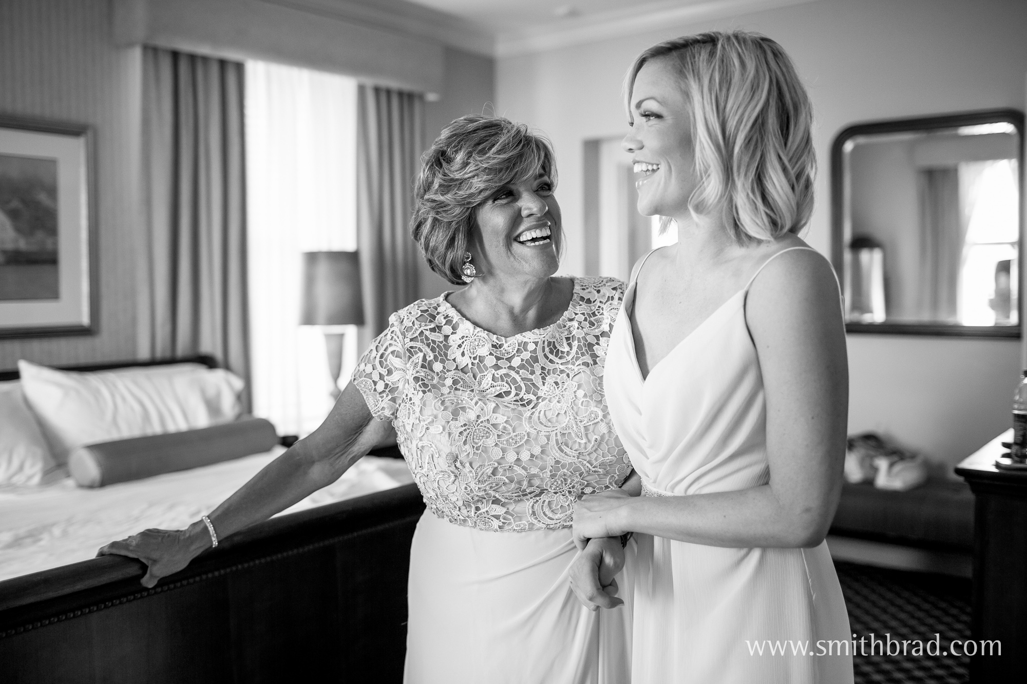 Ocean_Cliff_Newport_RI_Wedding_Spring_Photography-5